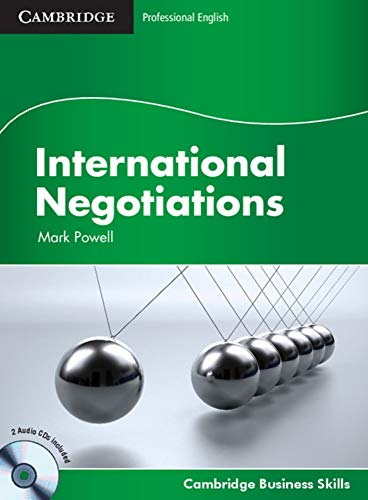 9783125351806: International Negotiations. Student's Book with 2 Audio-CDs