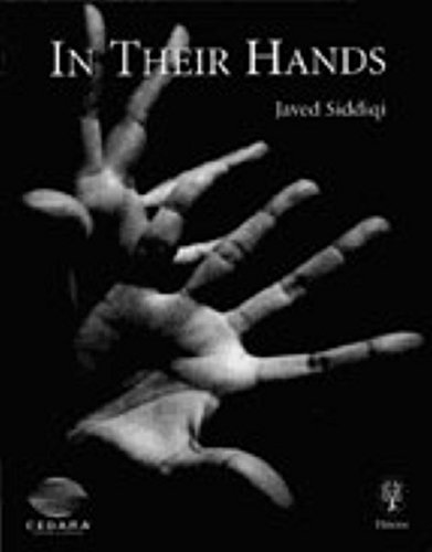 9783131300317: In Their Hands