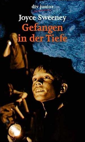 9783423706308: Gefangen in der Tiefe. ( Ab 12 J.).