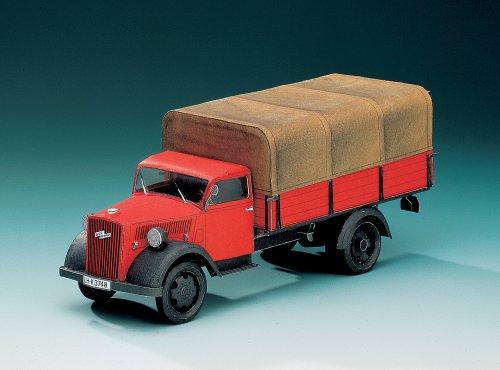 9783480724864: Schreiber-Bogen Card Modelling Opel Blitz 1:24
