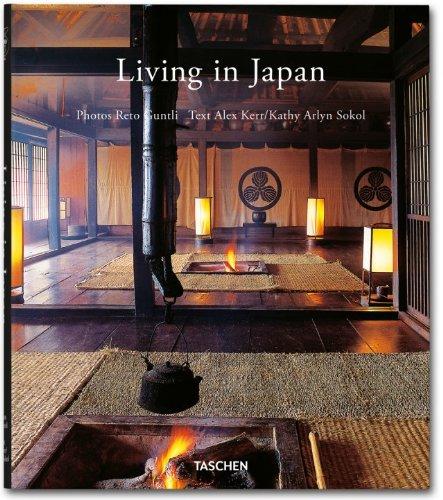 9783836535014: Living in Japan