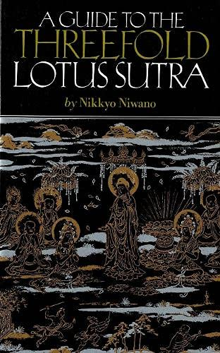 9784333010257: A Guide to the Threefold Lotus Sutra