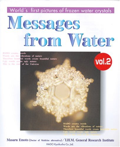 9784939098048: Messages from Water, Vol. 2 (English and Japanese Edition)