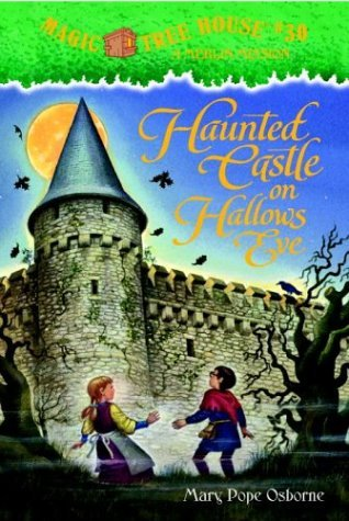 9785550088838: Haunted Castle on Hallow's Eve