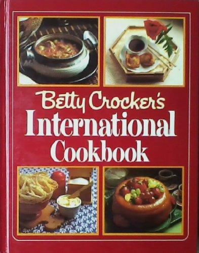 9785550486603: Betty Crocker's International Cookbook -