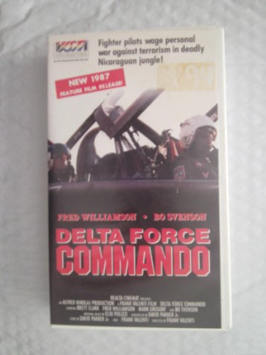 9785551038917: Delta Force Commando [USA] [VHS]