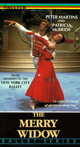 9786301629782: The Merry Widow: Martins, McBride, New York City Ballet [VHS]