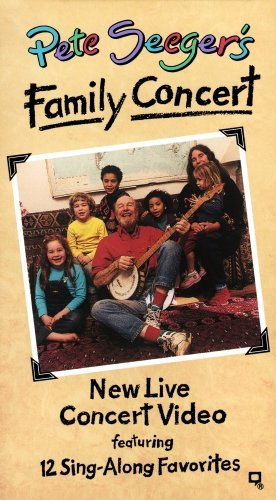 9786302353068: Pete Seeger's Family Concert [VHS]