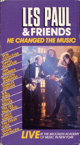 9786302373615: Les Paul & Friends: He Changed The Music: LIVE At The Brooklyn Academy Of Music In New York [VHS]