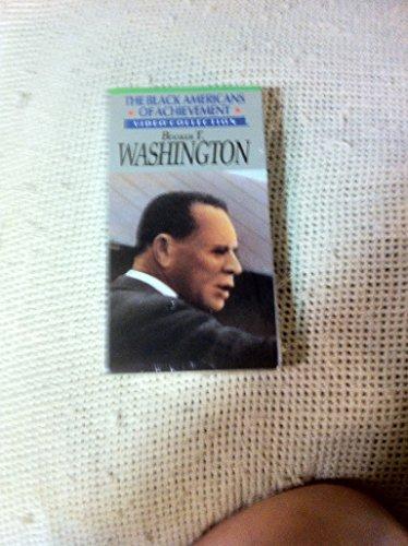 9786302423624: Black Americans of Achievement: Booker T. Washington [VHS]