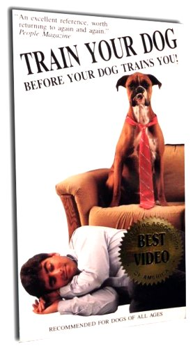 9786302426298: Train Your Dog Before Your Dog Trains [VHS]