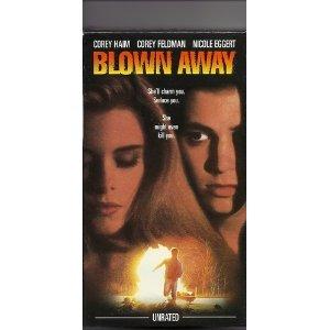 9786303322780: Blown Away [VHS]