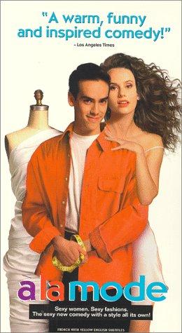 9786303354873: A La Mode [VHS]