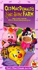 9786303439211: Old Macdonald's Sing Along Farm: Friends Are for [VHS]