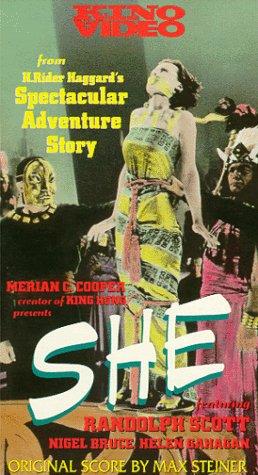 9786303626468: She [VHS]
