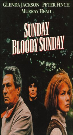 9786304005965: Sunday Bloody Sunday [VHS]