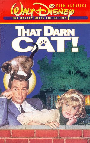 9786304285381: That Darn Cat! [VHS]