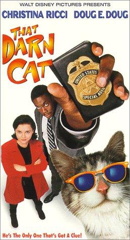 9786304503898: That Darn Cat [VHS]