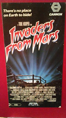 9786304586389: Invaders from Mars [VHS]