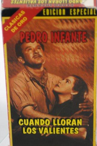 9786305272595: Cuando Lloran Los Valientes [VHS]