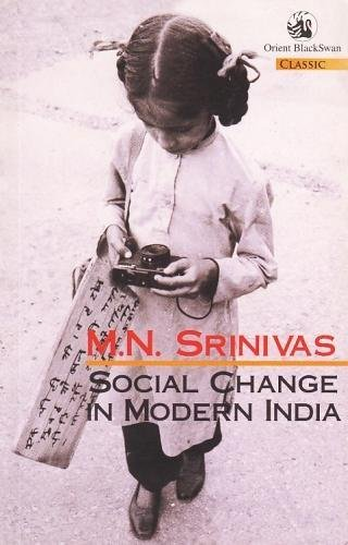 9788125004226: Social Change in Modern India