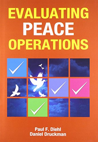 9788130918556: Evaluating Peace Operations