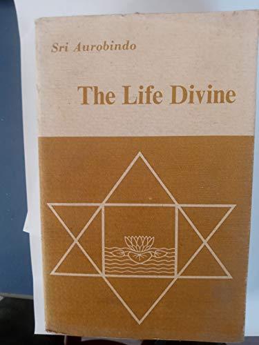 9788170586395: The Life Divine