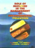 9788176482233: Role of Microbes in the Management of Environmental Pollution