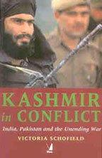 9788176494175: Kashmir in Conflict