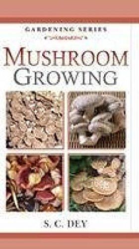 9788177542714: MUSHROOM GROWING