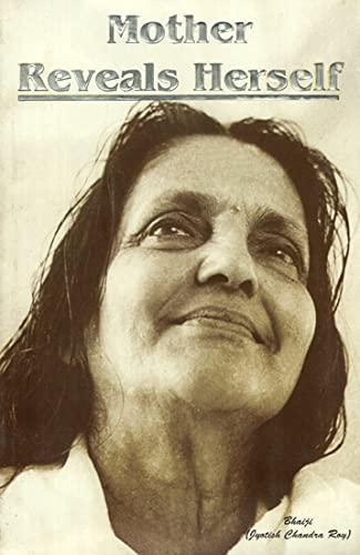 9788177699647: Pilgrims Publishing Mother Reveals Herself