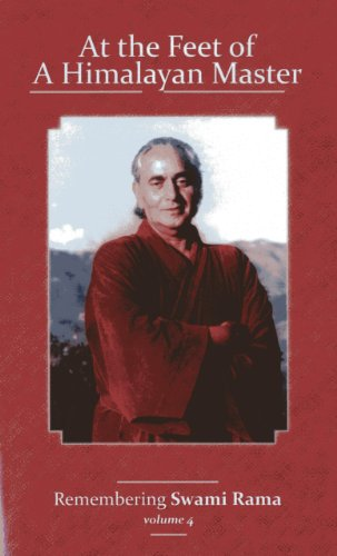9788188157723: At the Feet of a Himalayan Master: Remembering Swami Rama (Volume 4)