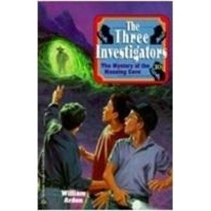 9788189632007: The Three Investigators (The Mystery Of The Moaning Cave)
