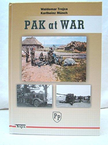 9788360041109: Pak At War