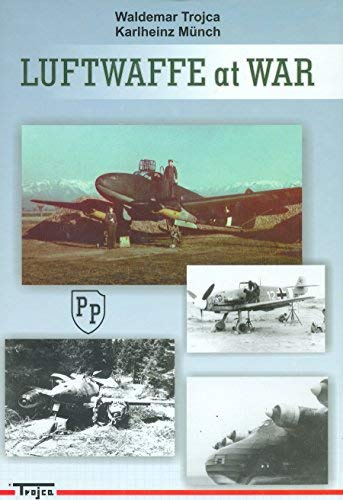 9788360041277: Luftwaffe at War