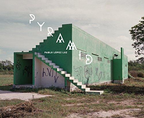 9788415118480: Pablo López Luz: Pyramid (English and Spanish Edition)