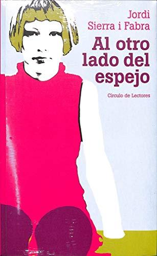 9788422694779: AL OTRO LADO DEL ESPEJO
