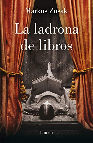 La ladrona de libros / The Book Thief (Spanish Edition): Zusak, Markus