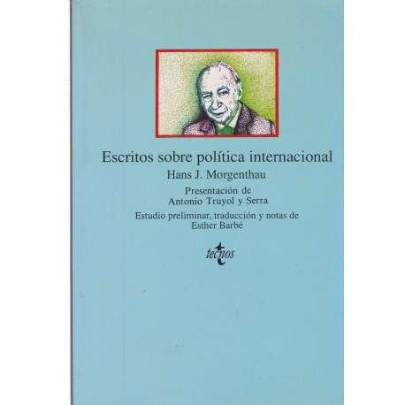 9788430918072: Escritos Sobre Politica Internacional / Writings About International Politics (Clasicos) (Spanish Edition)