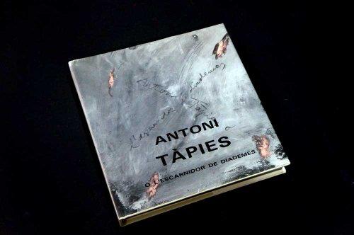 9788434304635: Antoni TAPIES o l'Escarnidor de Diademes