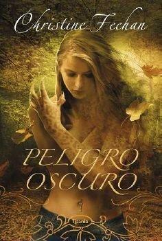 9788492916061: Peligro oscuro (Titania Fantasy) (Spanish Edition)