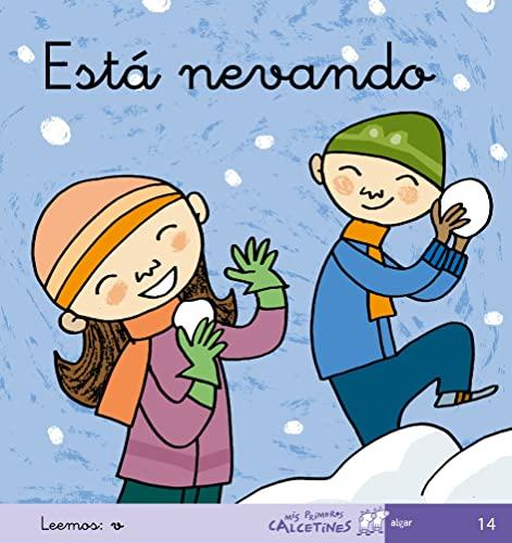 9788496514447: Está Nevando - Manuscrita (MIS PRIMEROS CALCETINES) - 9788496514447