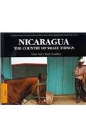 9788496806955: Nicaragua. The Country of Small Things (Viajes)