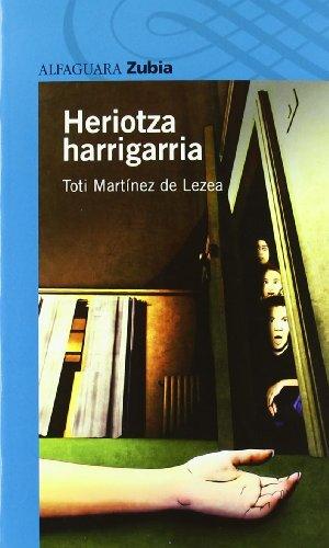 9788498940039: HERIOTZA HARRIGARRIA (MUERTE EN EL PRIORATO) (Haur-Literatura 12 Urtetik Aur)