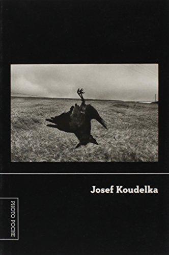 9788540501584: Josef Koudelka - Cole��o Photo Poche (Em Portuguese do Brasil)