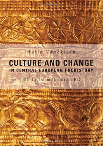 9788779342453: Culture and Change in Central European Prehistory