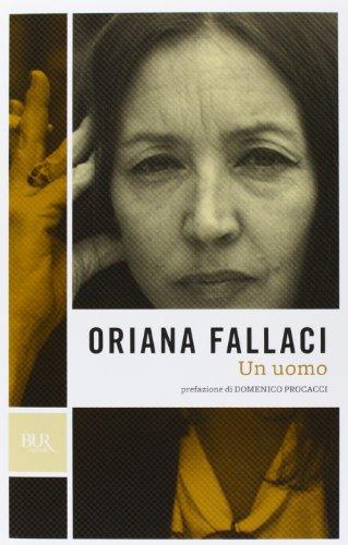 9788817044431: Un Uomo New Edition (Italian Edition)