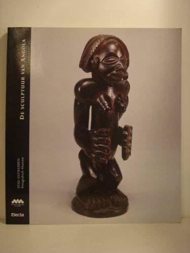 9788843553006: De sculptuur van Angola (Dutch Edition)