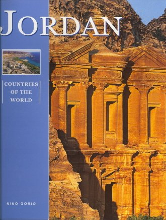 Jordan 9788854400344 Jordan is one of the oldest countries in the world. It is a land where geology and the history of mankind have left important, and in some respects still mysterious, traces. The nomadic Bedouins, custodians of ancient traditions which the rest of the Arab world has been unable to preserve, are the soul of this intriguing country, with its harsh landscapes and gentle nature. In the shadow of their black tents they still recount the ancient tales of the desert, all about djinns, the mischievous, elusive imps which a generous, tolerant Islam has allowed to survive in popular beliefs. This country, finally at peace after decades of war, precarious borders and waves of refugees flooding in from neighbouring countries, which faces a multitude of problems but enjoys great prestige, now takes its place on the new Middle Eastern scene, ready to construct a future worthy of its noble, incredible past.
