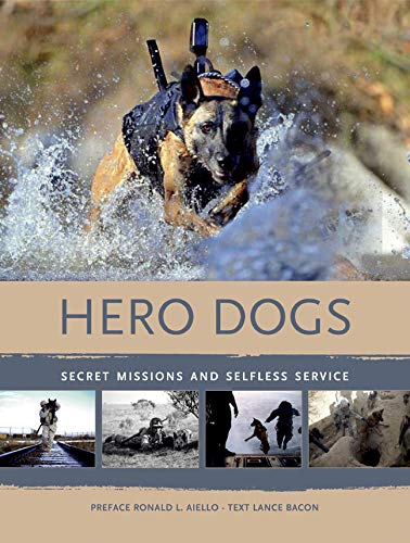 9788854406575: Hero Dogs: Secret Missions and Selfless Service